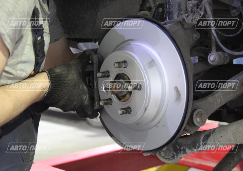 Замена тормозных колодок и дисков ремонт ходовой